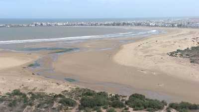 Tourisme au Maroc, golf, chameau,kitesurf,plages