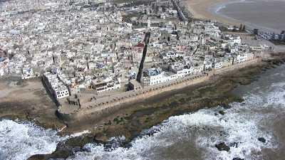 La ville, la mer  et les fortifications