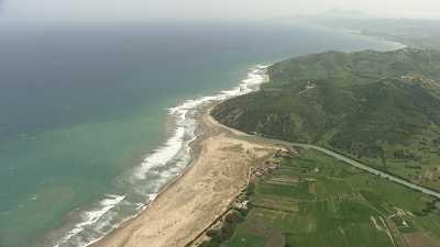 Littoral à l'est de Tanger