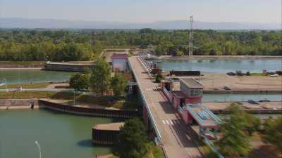 Barrage de Strasbourg sur le Rhin