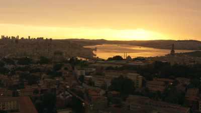Istanbul et le Bosphore au soleil couchant