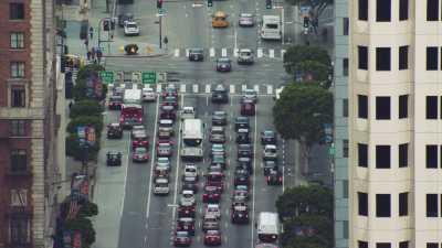 Gratte-ciels et avenue de Los Angeles